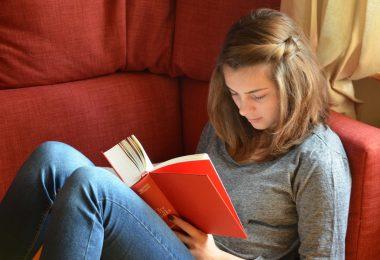 Набор из 10 лучших книг для подростков