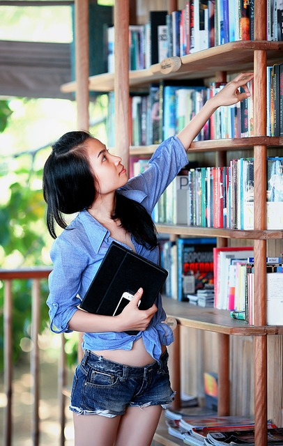 10 Лучших Книг для Подростков (список)