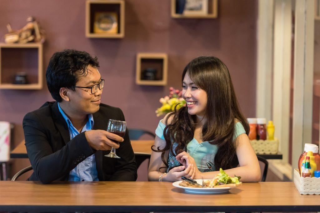 Как узнать, изменяет ли муж с точностью до 100: народные приметы